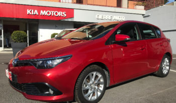 Toyota Auris 1.8 Hybrid Active completo